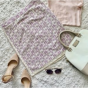 2/$20 Willi Smith Lace Pencil Skirt Cream Violet